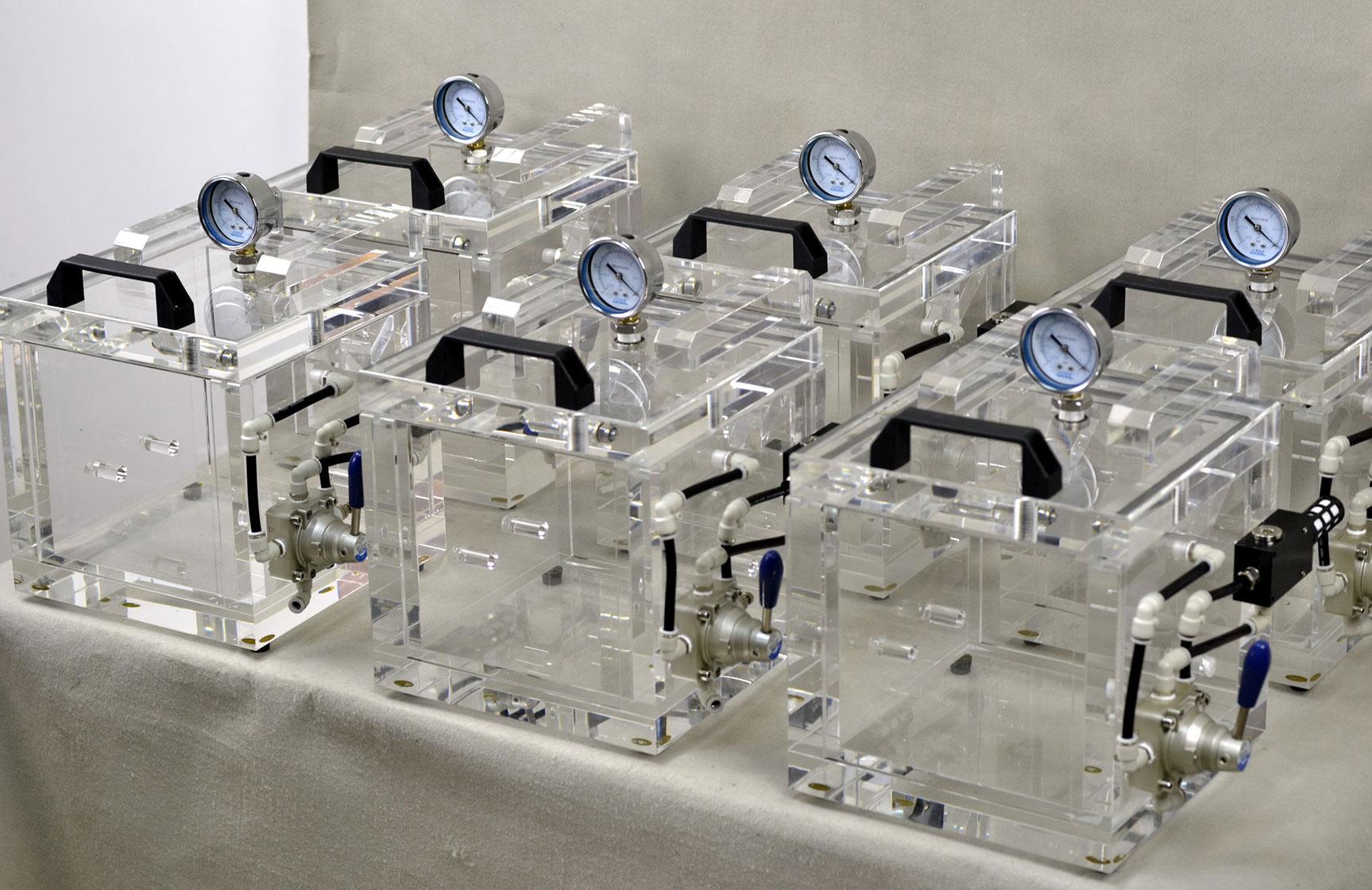 Прибор для контроля герметичности упаковки